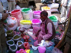 320px-Shop_selling_colours_for_Holi,_Old_Delhi
