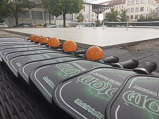 Pickleball paddles, ball, & court