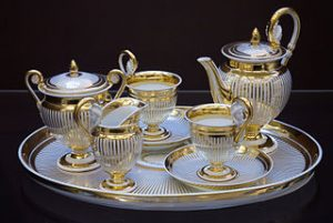 Vienna_-_Vintage_tea_service_Vienna_Porcelain_Manufactory_1822_