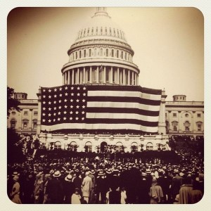 600px-Flickr_-_USCapitol_-_Happy_Flag_Day^_First_Flag_Day_at_Capitol_June_9,_1919,_flag_was_largest_in_world_at_90'x165'