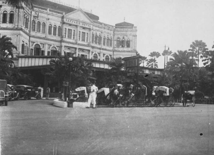 Raffles Hotel 1932