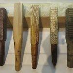 Iʻe_kuku_(wooden_beaters)_and_kua_lāʻau_(wood_anvil),_Hawaii_State_Art_Museum