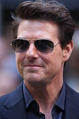Tom Cruise in Ray Ban Sunglasses